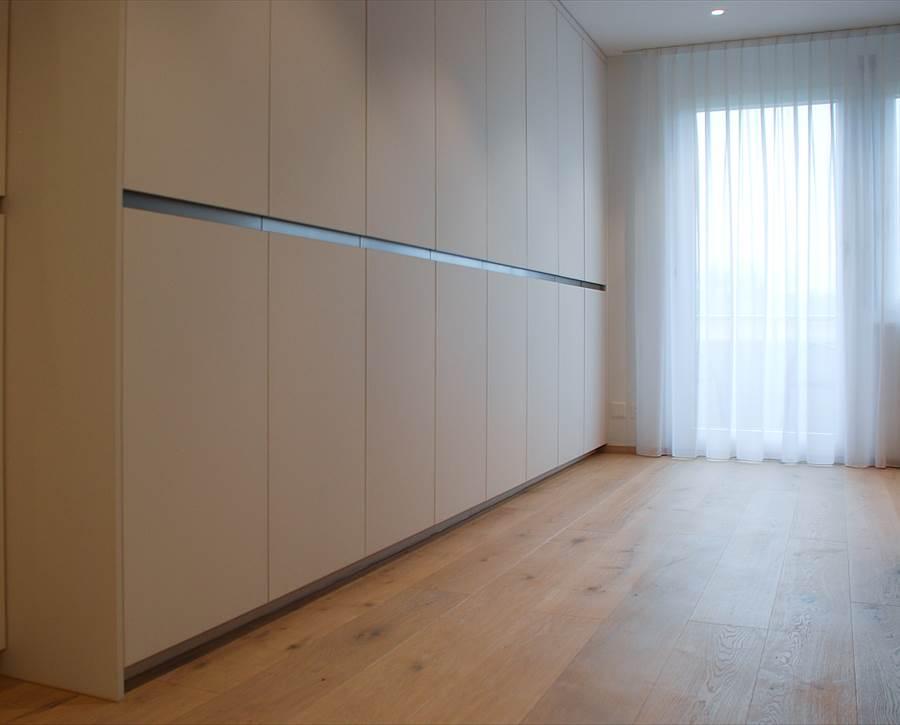 einbauschr nke nach mass remund holzbau schwarzenburg. Black Bedroom Furniture Sets. Home Design Ideas